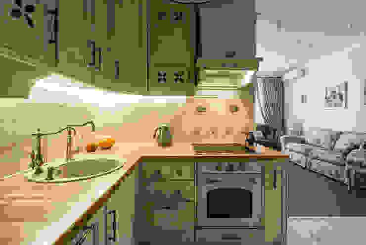 Cocinas de estilo clásico de Flatsdesign Clásico