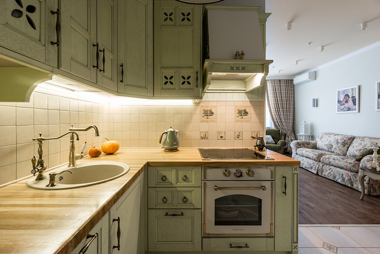 Kitchen by Flatsdesign, Classic