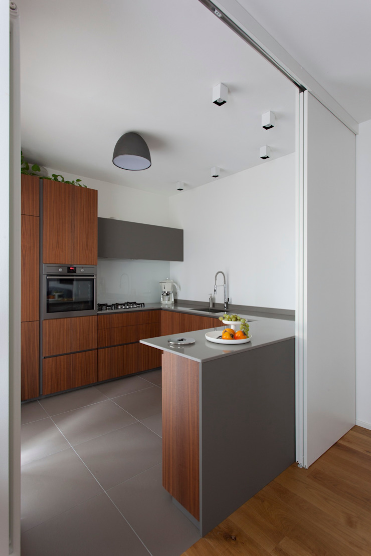 Cucina noce canaletto e Fenix Grigio Londra by P e R ...