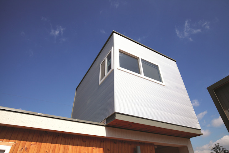 하루만에 뚝딱짓는 모듈러주택 – 스마트하우스 모던스타일 주택 by 스마트하우스 모던