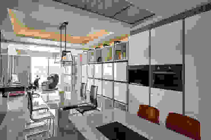 太極 Yin Yang 根據 Glocal Architecture Office (G.A.O) 吳宗憲建築師事務所/安藤國際室內裝修工程有限公司 簡約風