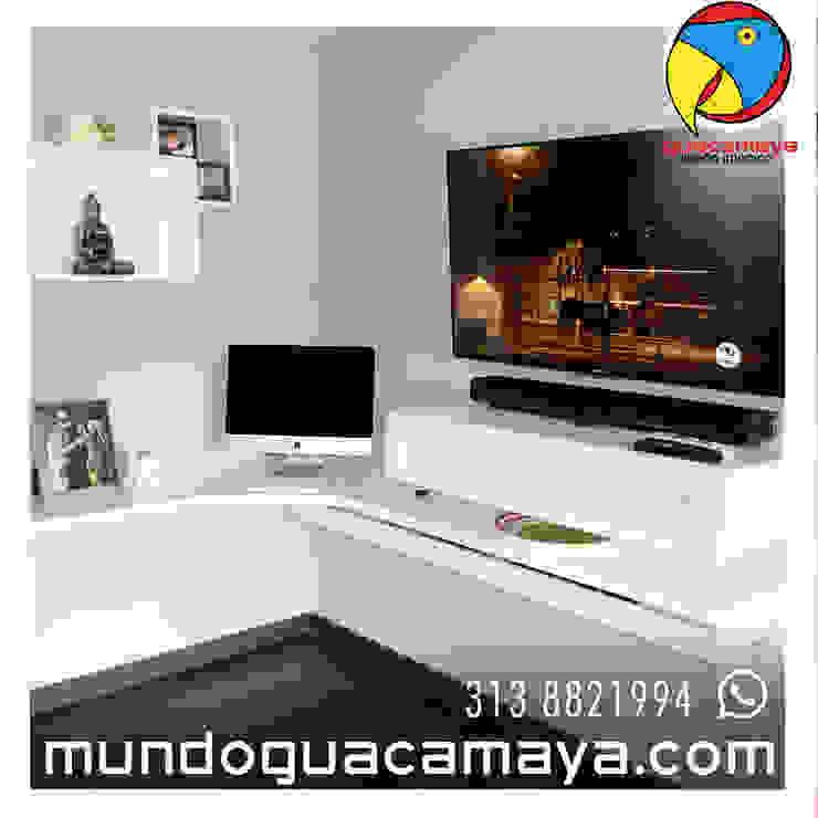 CENTRO DE TV Y ESTUDIO Estudios y despachos de estilo minimalista de Guacamaya Diseño Interior Minimalista Madera Acabado en madera