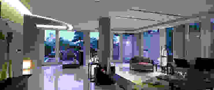 住宅(漫步雲間) 根據 鼎爵室內裝修設計工程有限公司 簡約風 磁磚