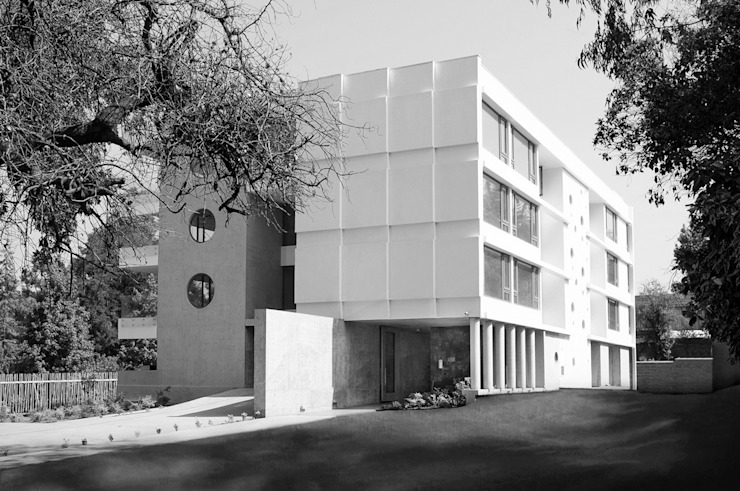 Los Cedros I Casas estilo moderno: ideas, arquitectura e imágenes de Numair & Arquitectura Moderno Concreto
