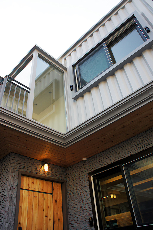 Maisons modernes par SPACEHWA Moderne