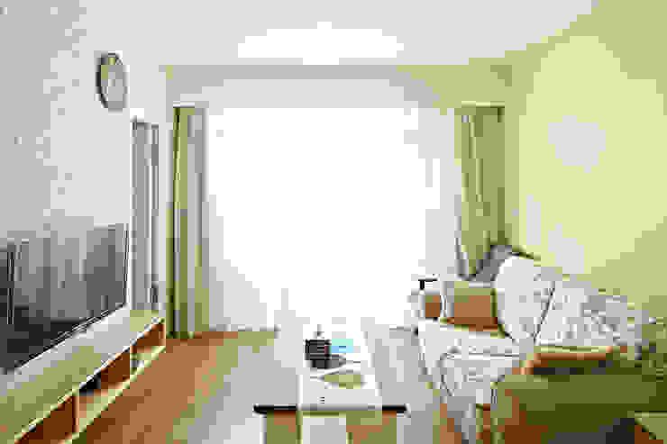Гостиная в стиле модерн от 映荷空間設計 Модерн