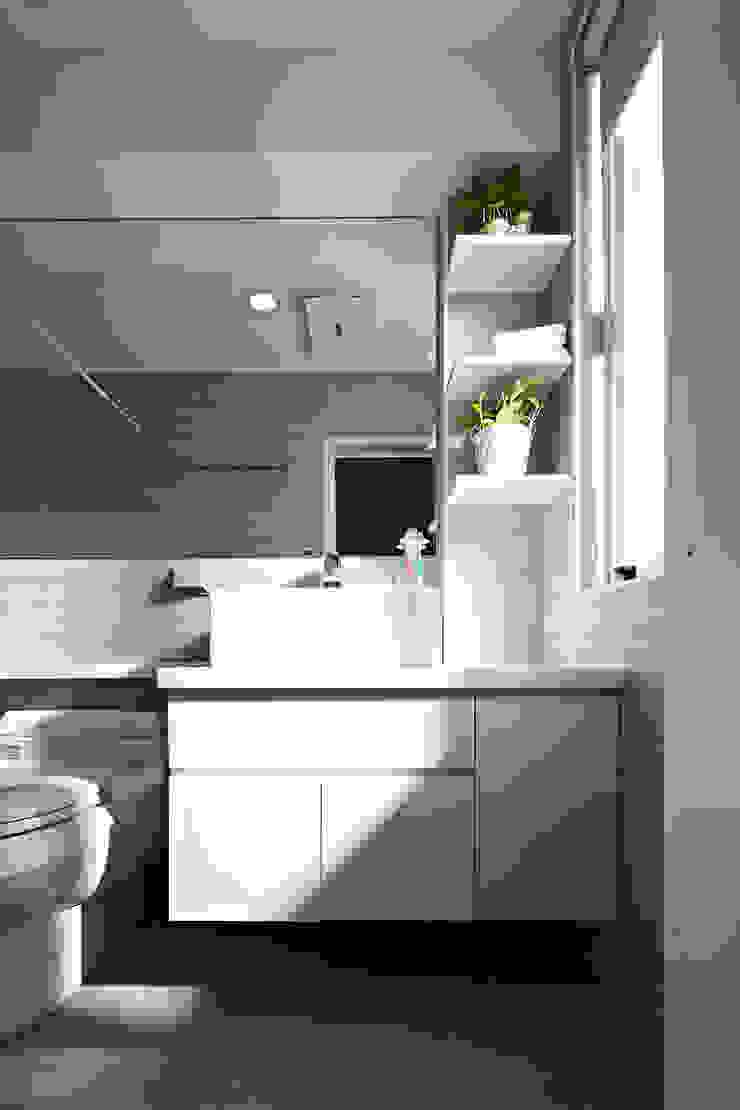 3F浴室 現代浴室設計點子、靈感&圖片 根據 映荷空間設計 現代風