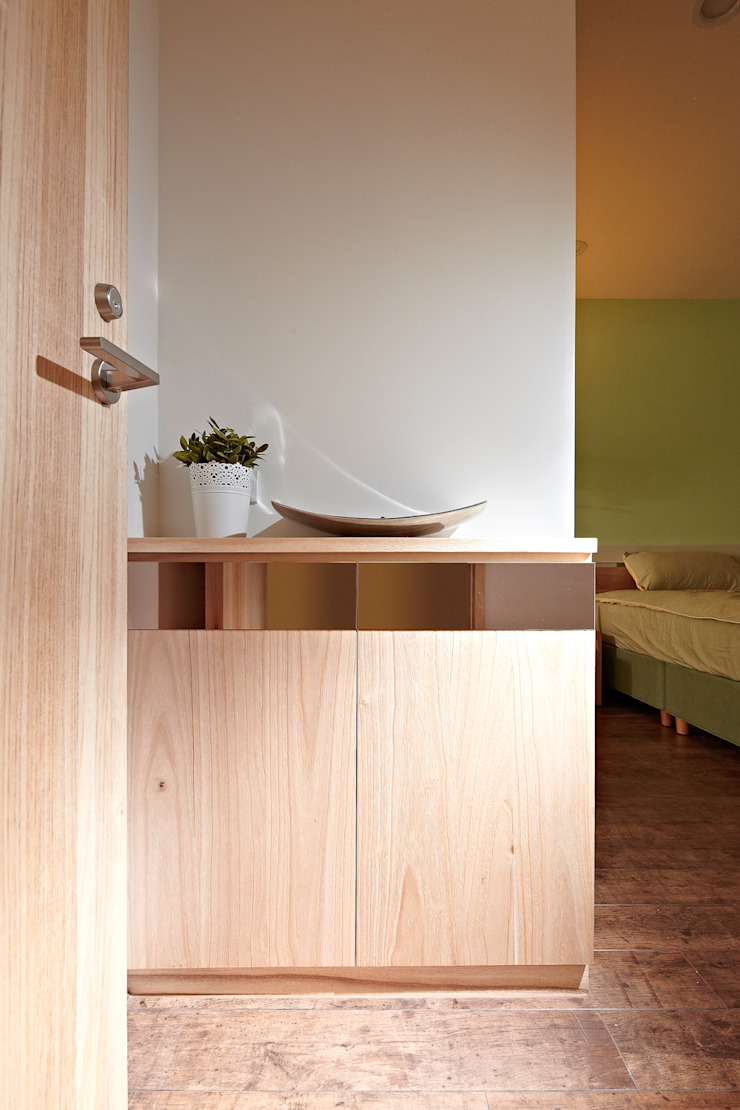 4F臥室入口 根據 映荷空間設計 現代風