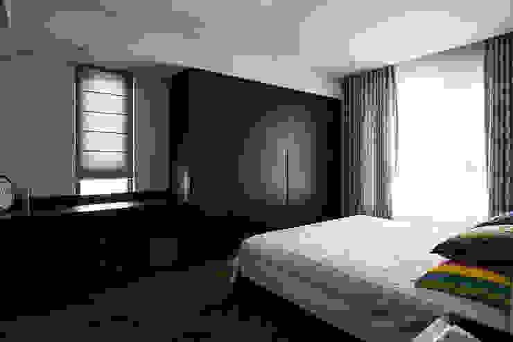 臥室/1 Asian style bedroom by 世家新室內裝修公司 Asian