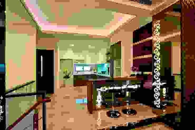 廚房 Modern Dining Room by 世家新室內裝修公司 Modern