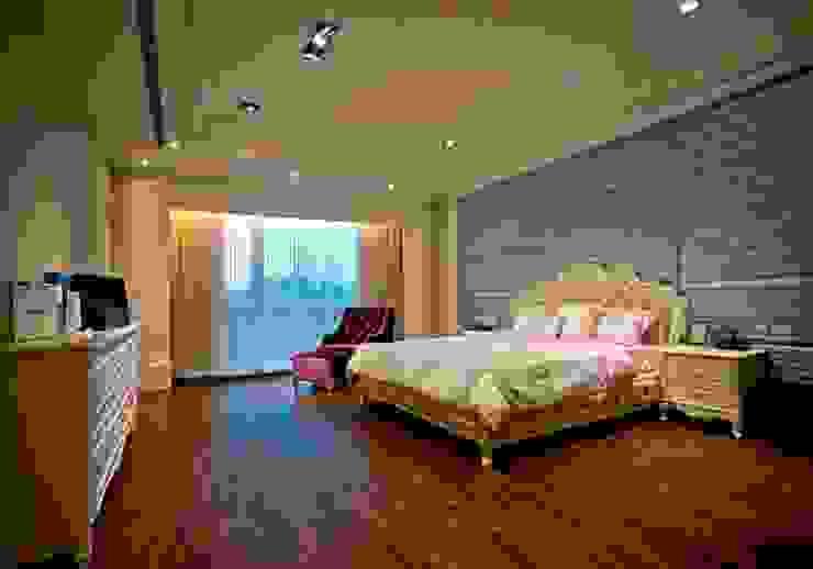 臥室 Modern Bedroom by 世家新室內裝修公司 Modern