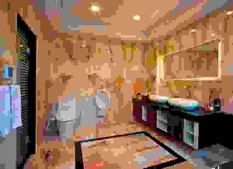 /2 Modern Bathroom by 世家新室內裝修公司 Modern