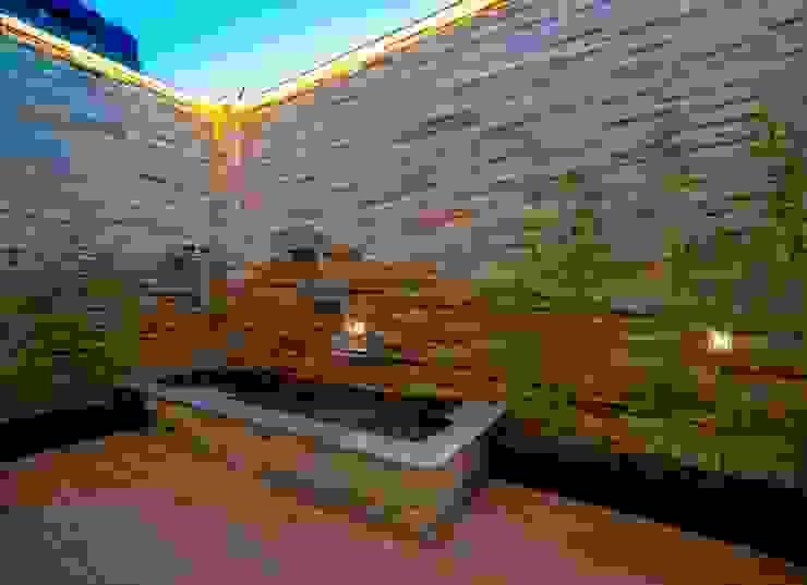露臺浴室 Modern Spa by 世家新室內裝修公司 Modern
