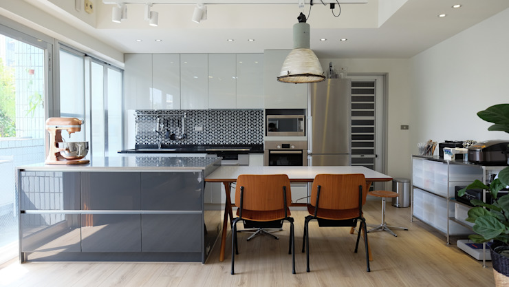 Kitchen by RND Inc.