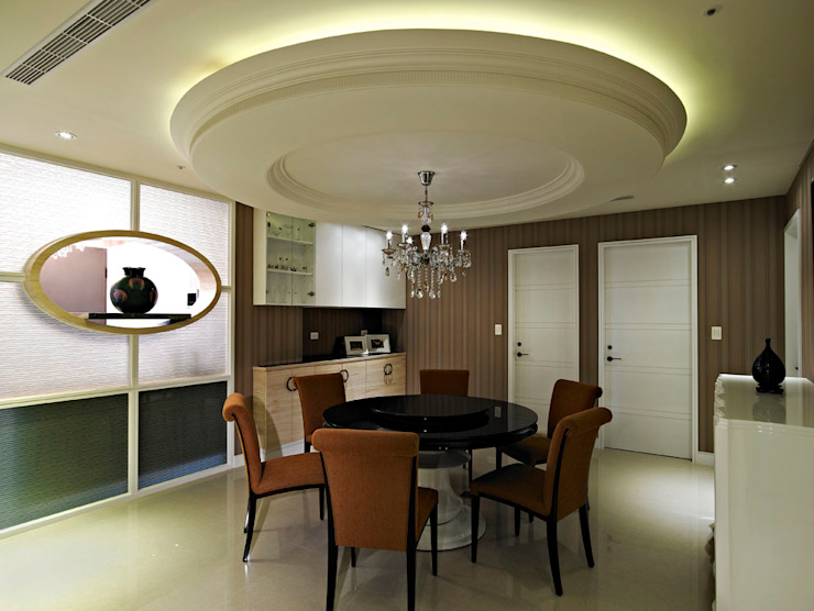 餐廳/1 Classic style dining room by 世家新室內裝修公司 Classic