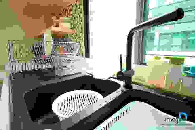 ตกแต่งภายในบ้านพักอาศัย 2 ชั้น โดย อิมเมจิ้น ดี อินทีเรีย ดีไซน์