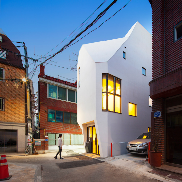Offices & stores by (주)건축사사무소 더함 / ThEPLus Architects, Modern