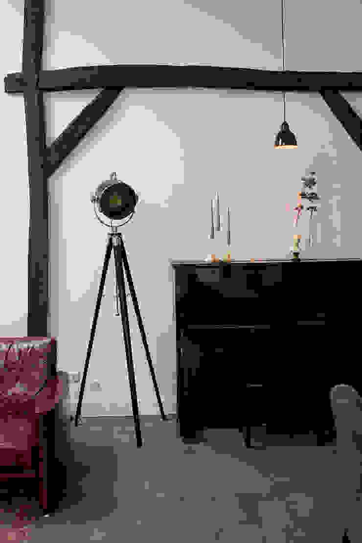 mooi plekje voor de piano Klassieke woonkamers van BinnenID Klassiek