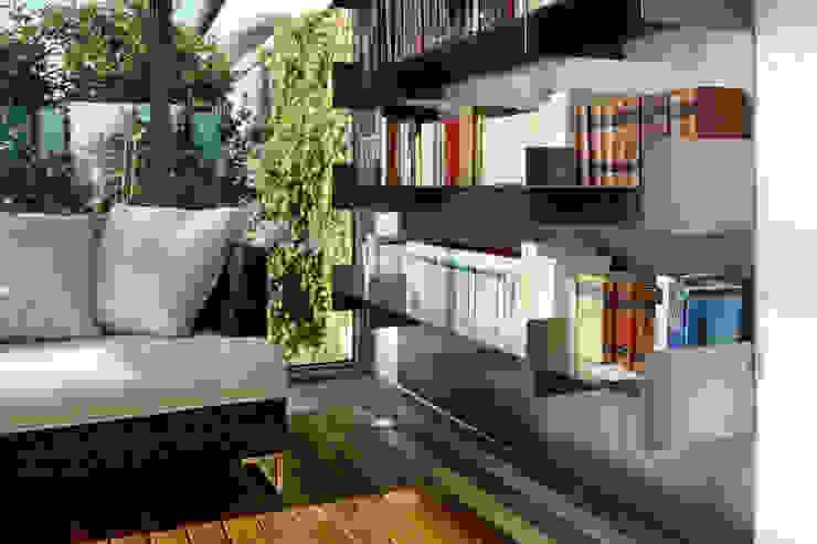 Modern conservatory by T+T ARCHITETTURA Modern