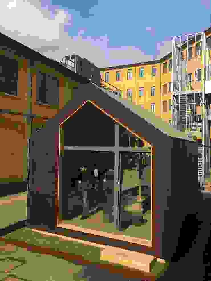 Scandinavian style houses by MODOM srl Scandinavian Wood Wood effect