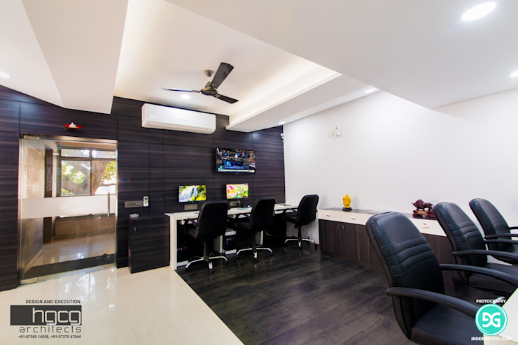 Nice Investment , Ahmedabad by HGCG Architects Modern