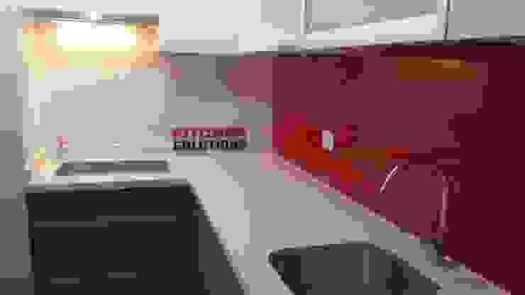 Kitchen Solutions Ltda. de Kitchen Solutions Minimalista Cuarzo