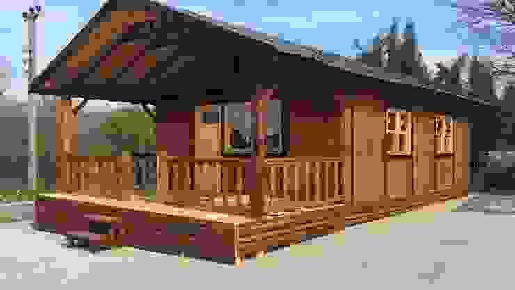 manufacture of wooden houses Jardines de estilo minimalista de KAYALAR AHŞAP KERESTE ÜRÜNLERİ Minimalista