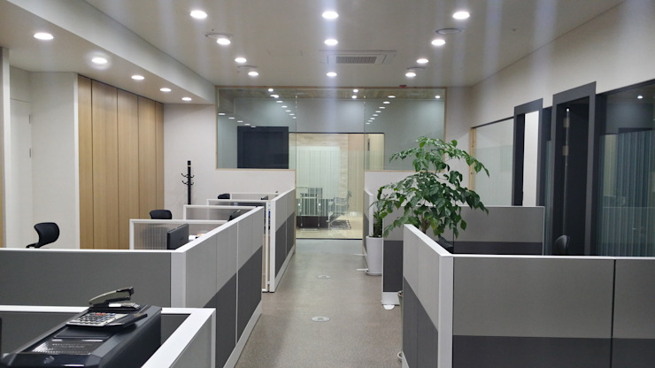 Pangyo Twosun 사무실 by DFactory 디팩토리 모던