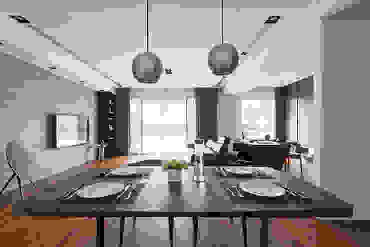 餐桌上的氣氛: 現代  by 一水一木設計工作室, 現代風