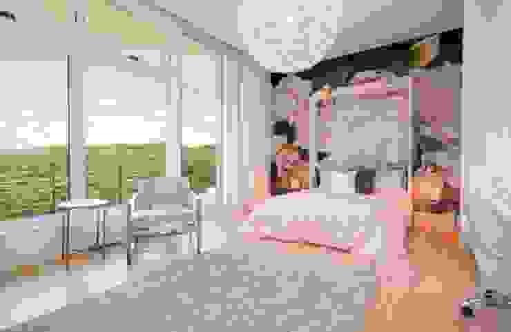 Bedroom Design: modern  by Urban Savvy Design, Modern