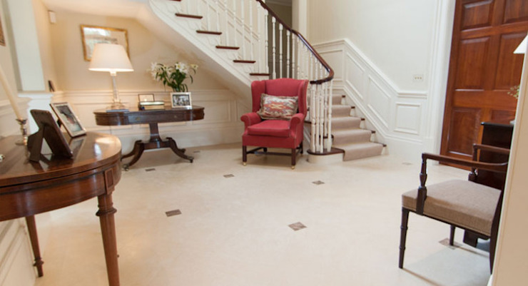 Hallway par Lincolnshire Limestone Flooring Moderne