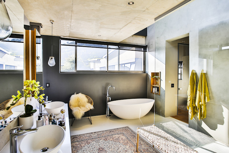 House Pautz Modern Bathroom by homify Modern Concrete
