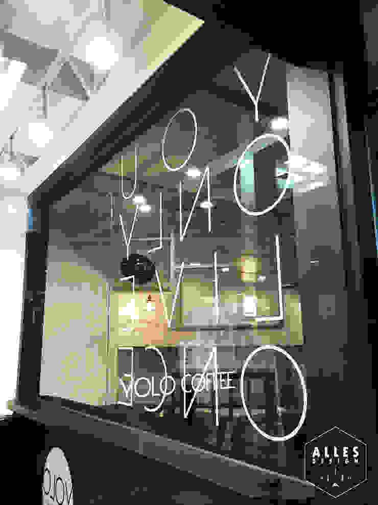 YOLO Coffee _ Signage by 디자인알레스 모던 금속