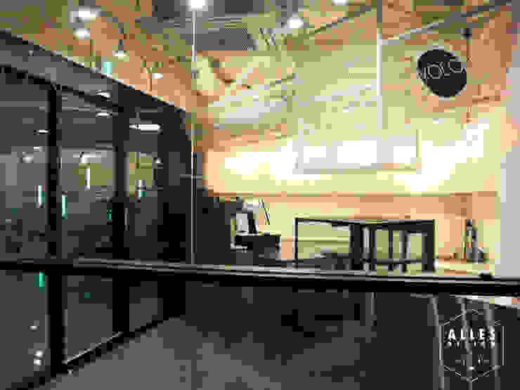YOLO Coffee _ Stainless Steel Counter by 디자인알레스 모던 금속
