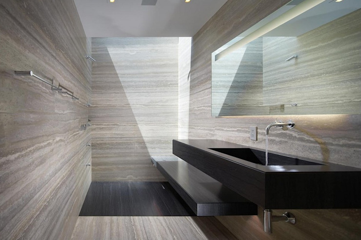 Modern bathroom by Aprifer Modern