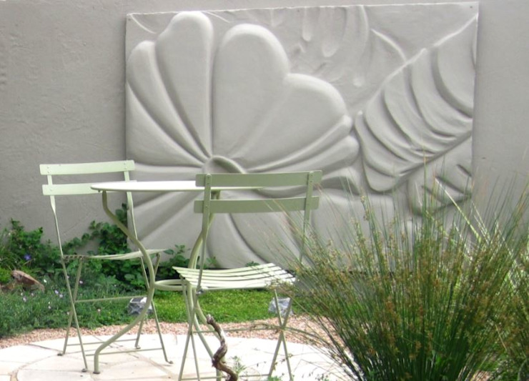 Working with walls Modern Garden by Young Landscape Design Studio Modern