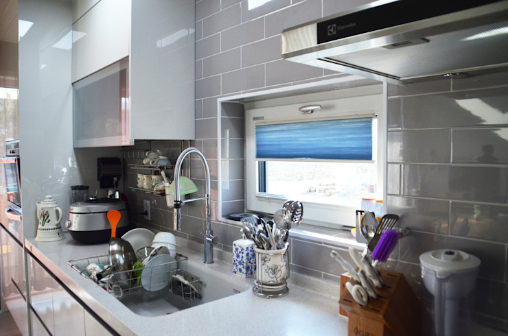 Modern Kitchen by (주)에너집 Modern