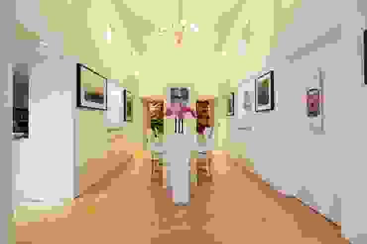 London Loft Modern dining room by JKG Interiors Modern