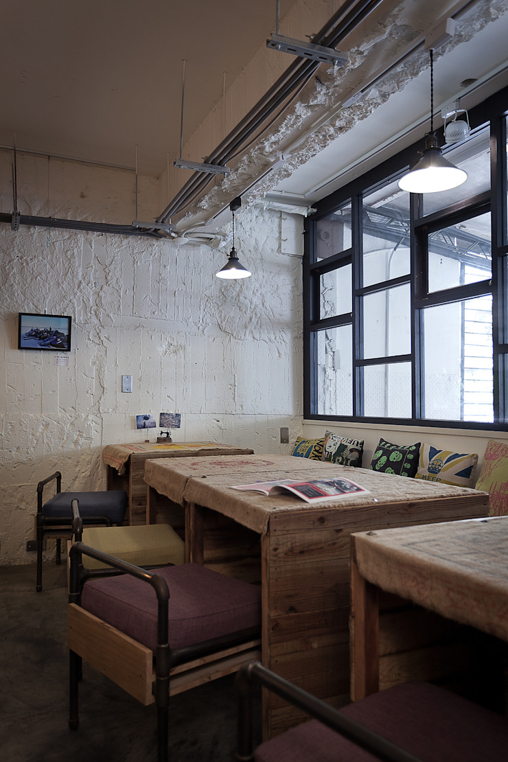 穿越九千公里交給你 | Travelled 9000 km( Laundry & Coffee shop) 根據 丰墨設計 | Formo design studio 工業風