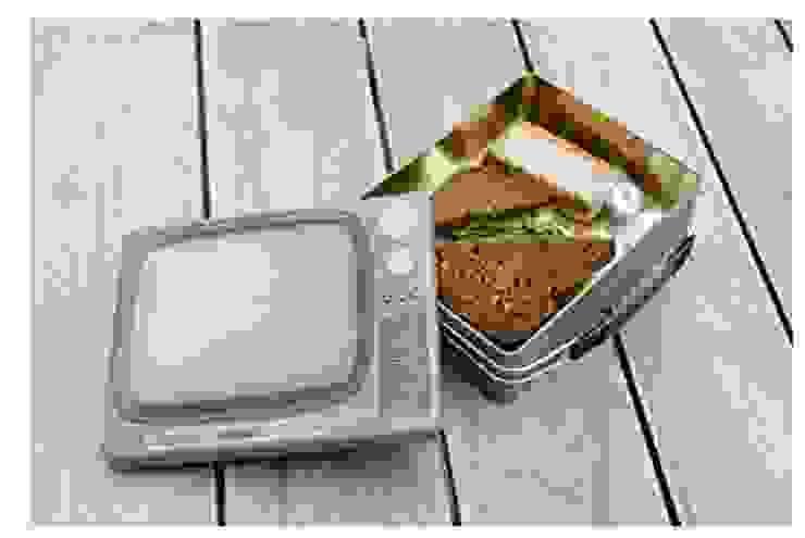 LONCHERA TV RETRO de Urban Life Moderno