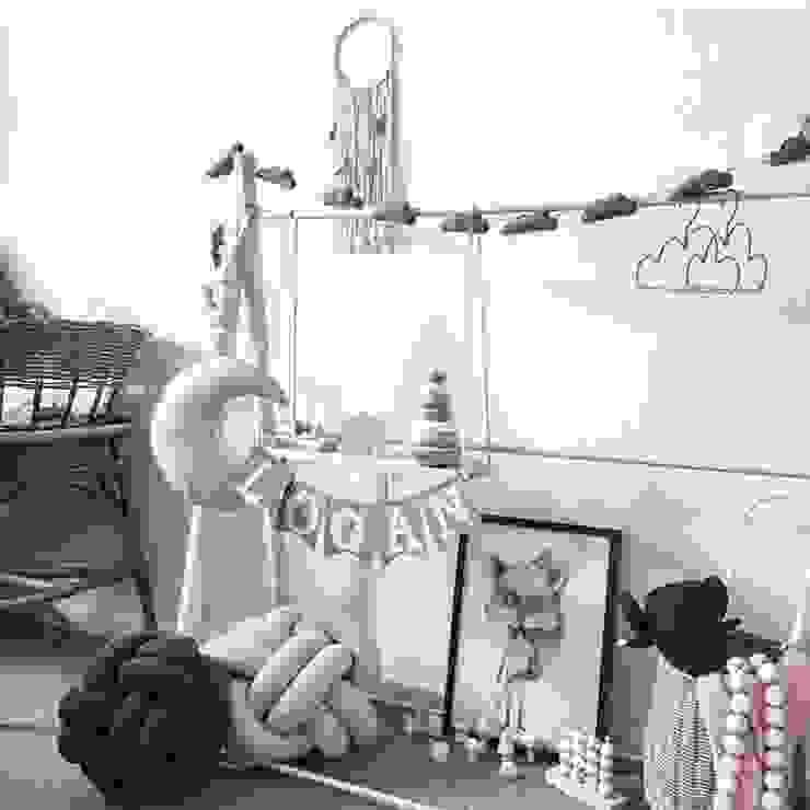Детские комнаты в . Автор – Cinza Design  Studio, Скандинавский