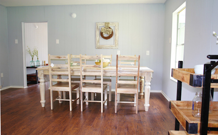Home Staging Pecan Valley San Antonio Tx Rustic style dining room by Noelia Ünik Designs Rustic