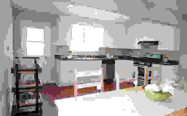 Home Staging Pecan Valley San Antonio Tx by Noelia Ünik Designs Rustic