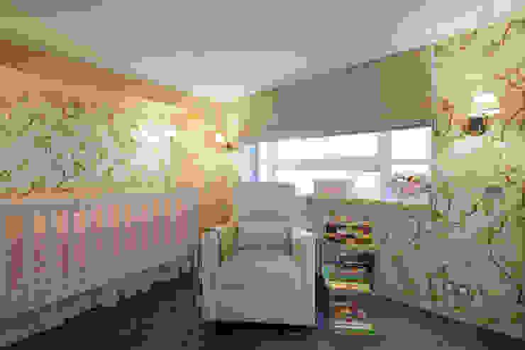 London Loft Klassische Kinderzimmer von JKG Interiors Klassisch