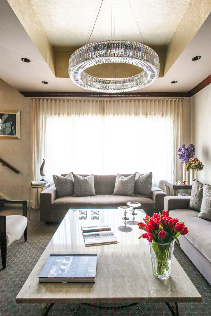 Art Collectors Residence by JKG Interiors Classic