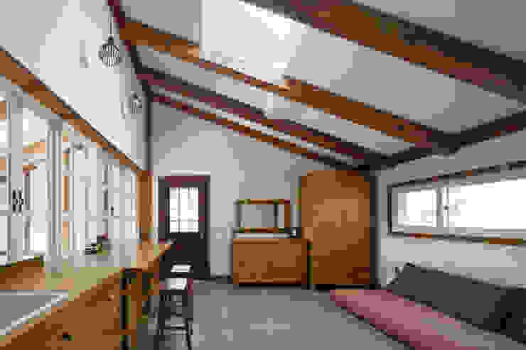 밀양 주택 아시아스타일 미디어 룸 by (주)에이도스건축사사무소 한옥