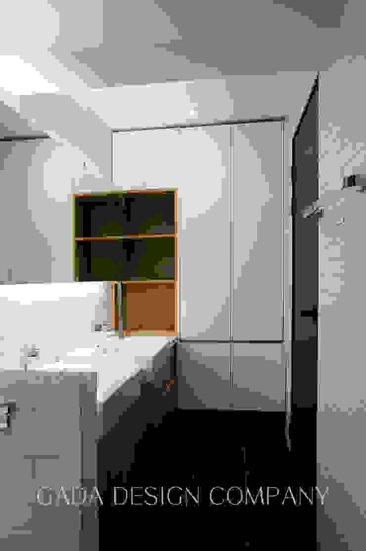 양산 단독주택 모던스타일 욕실 by GADA design company 모던