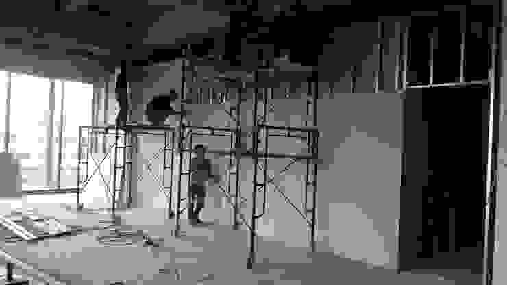 งานตกแต่งภายในของสถาบันกวดวิชา ณ ศูนย์การค้า Platform โดย Inthenorth Design Co.,Ltd