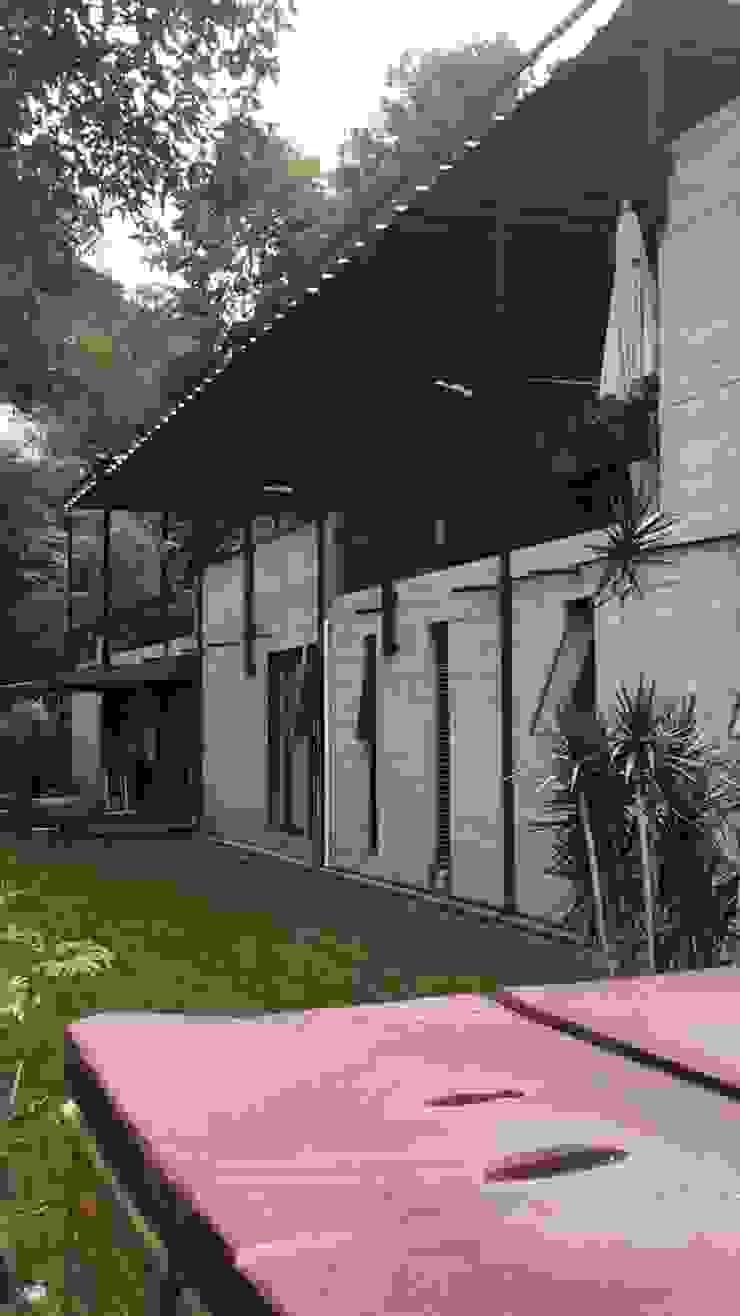 Modern houses by Materia Viva S.A. de C.V. Modern