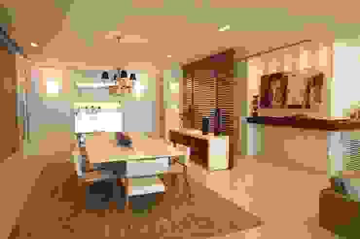 Hall de Entrada e Sala de Jantar Arquinovação - Projetos e Obras Salas de jantar modernas